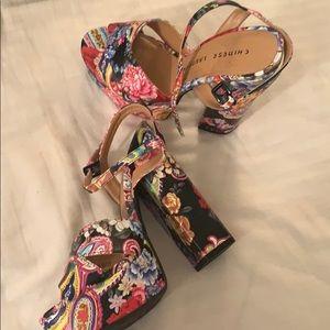 Paisley chunky heel shoes